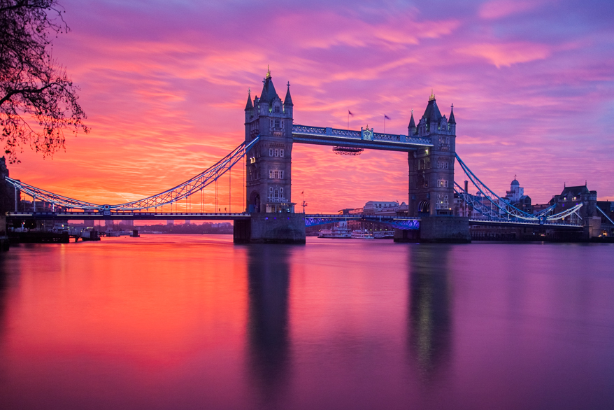 49 047_Open_Tower Bridge in the Morning.jpg