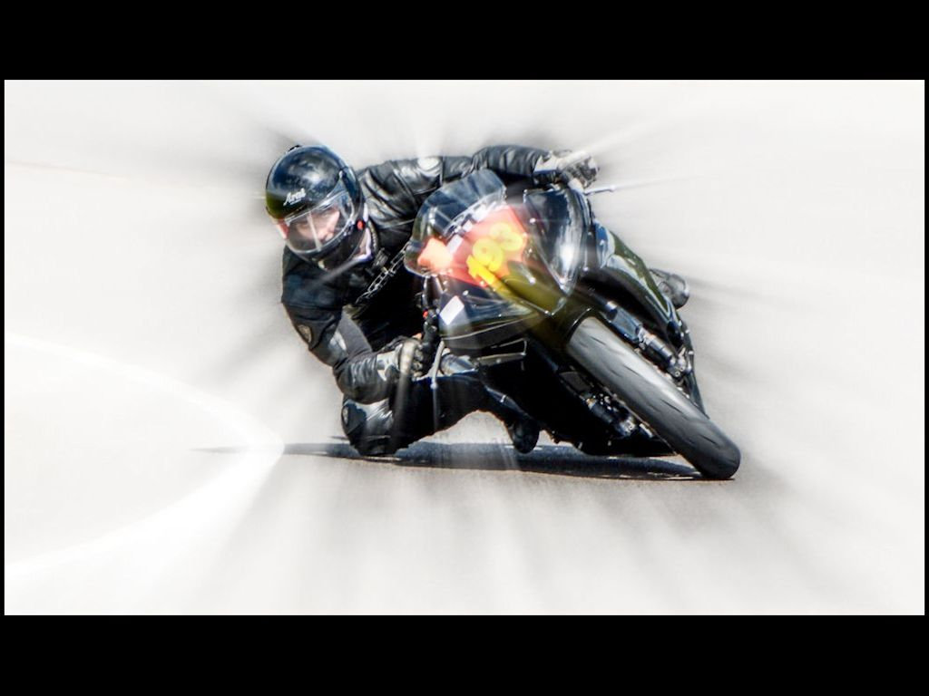 60 008_Fast Corner.jpg