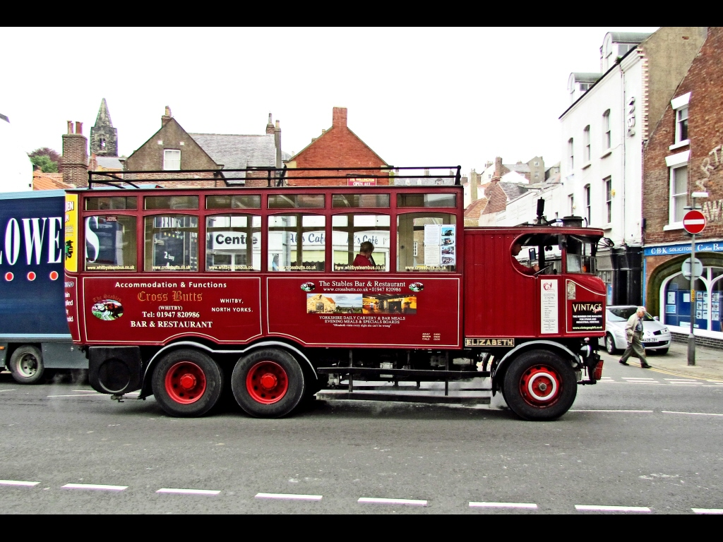 017_tri-battle_public-transport_whitby-steam-bus-jpg